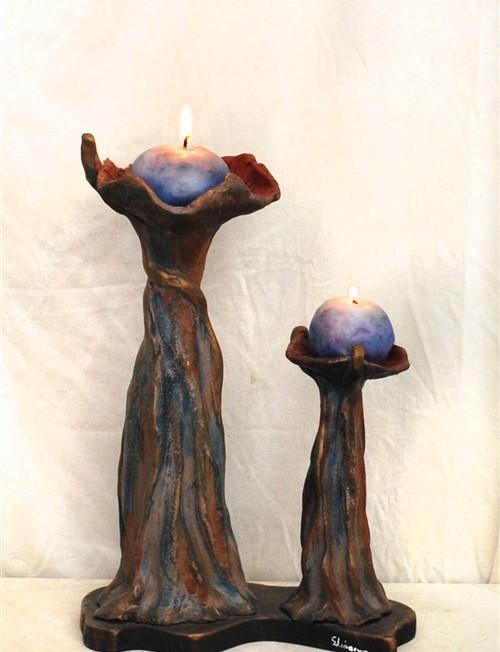 Κεραμικό κηροπήγιο με ξύλινη βάση