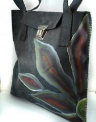 Δερμάτινη ζωγραφισμένη τσάντα χρώματος Γκρί.