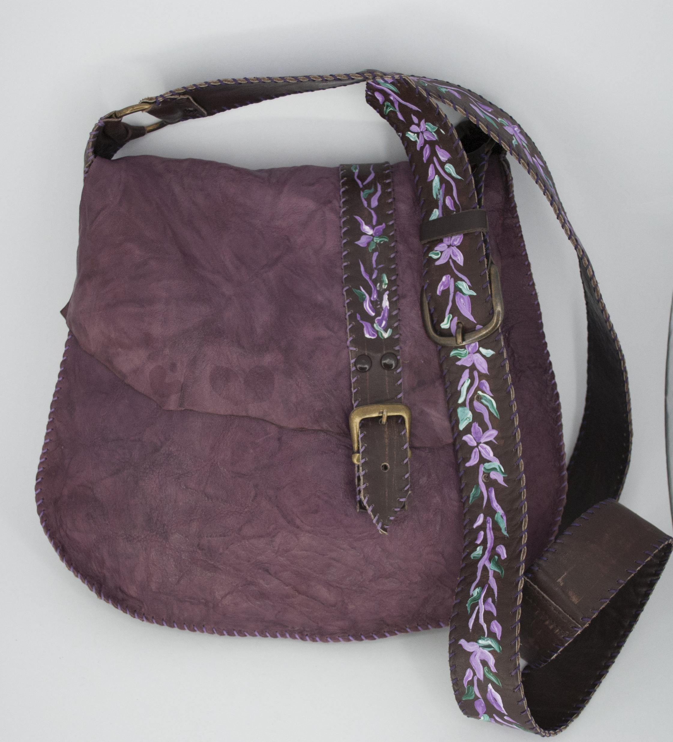 24f49331b0 Χειροποίητη δερμάτινη τσάντα με στοιχεία ζωγραφικής